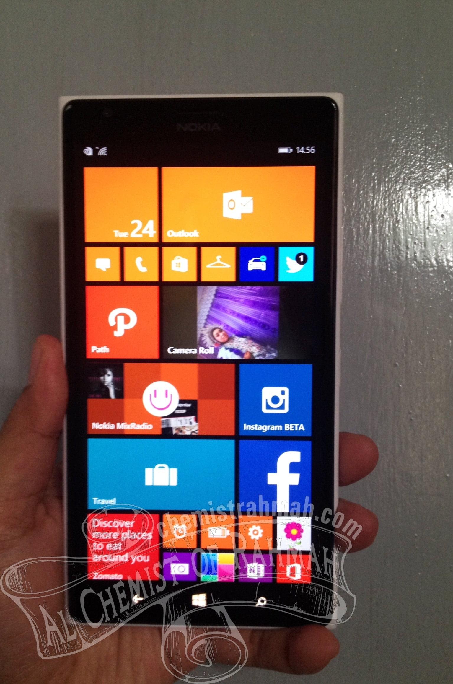 Ingin Abadikan Momen Indah Bersama Istri dan Anak Pertama dengan Nokia Lumia 1520