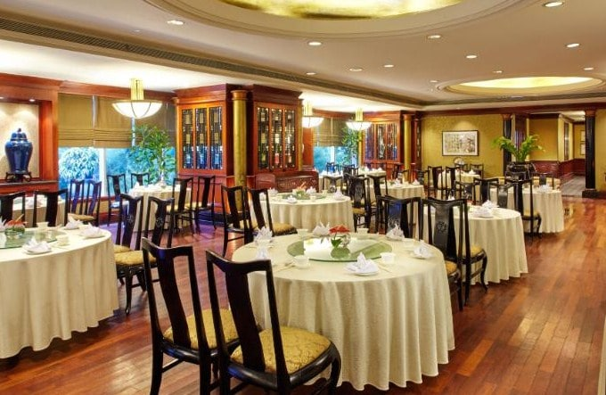 Dining Room di JW Marriot Hotel Surabaya